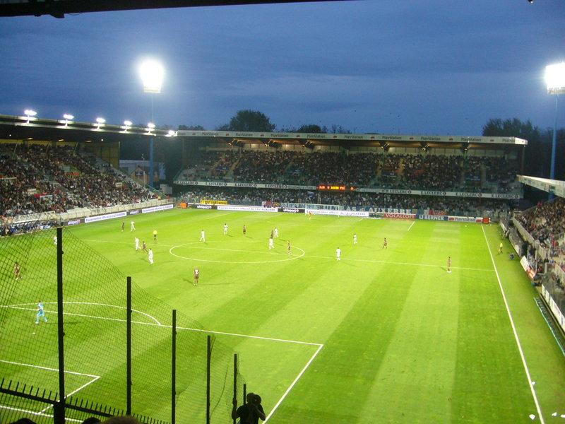Auxerre_-_Stade_Abbé-Deschamps_(41).jpg