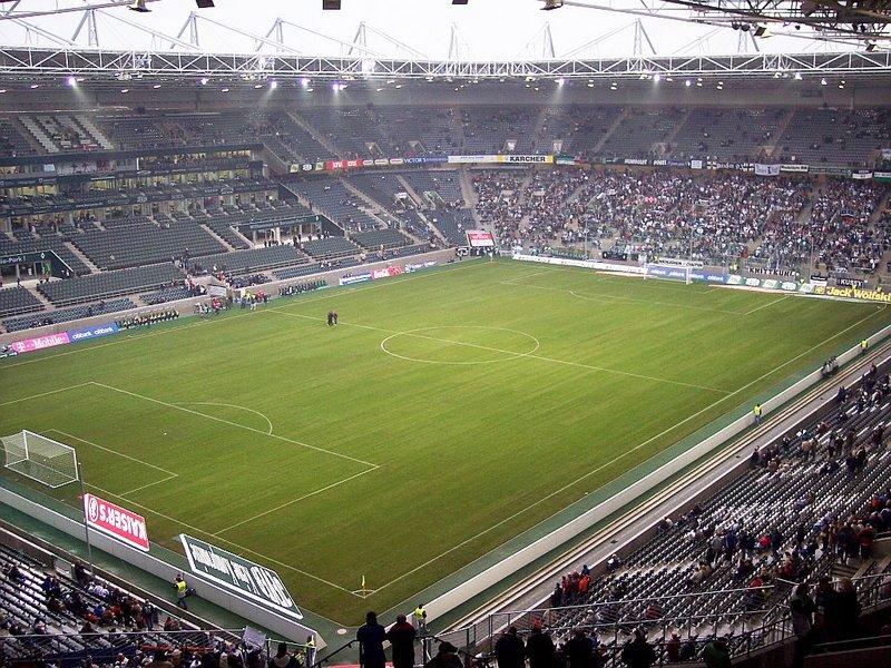 Borussia Park2.jpg