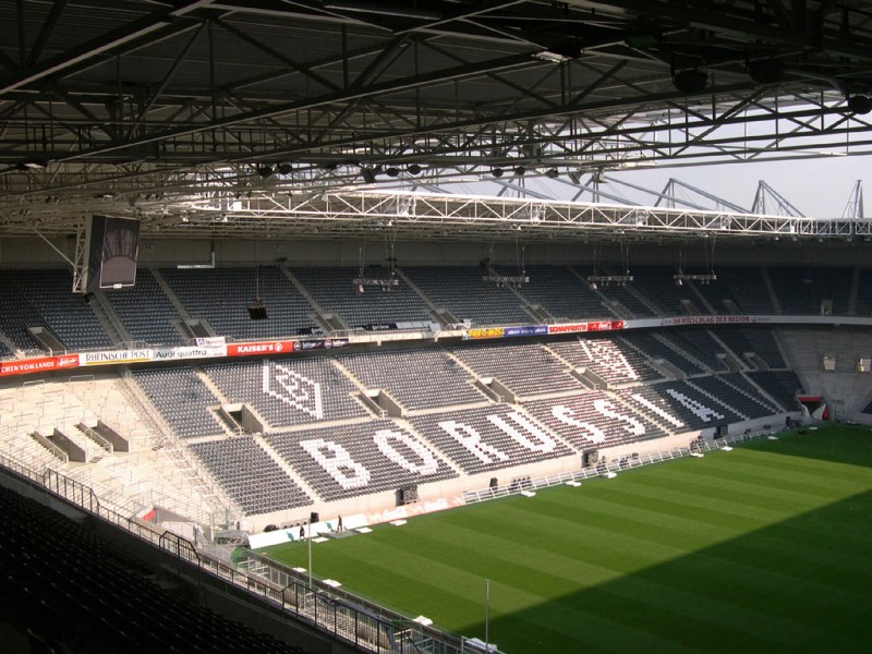 Borussia-Park4.jpg