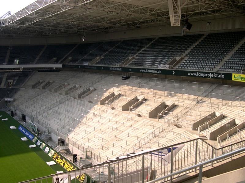 Borussia-Park5.jpg