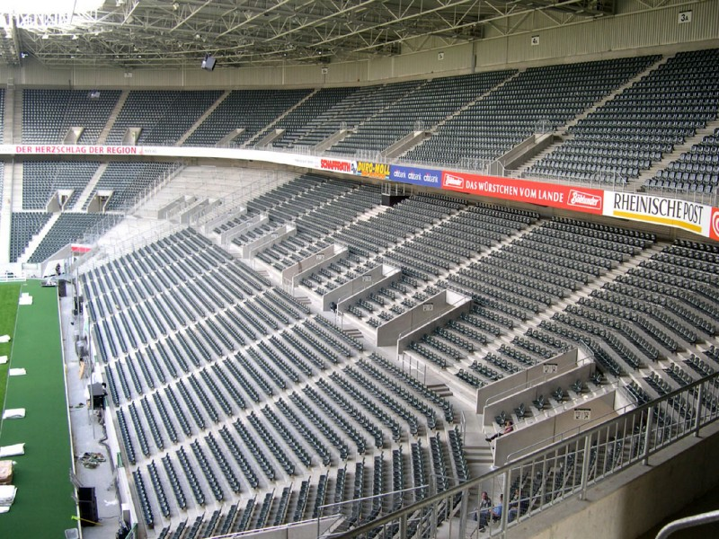 Borussia-Park8.jpg
