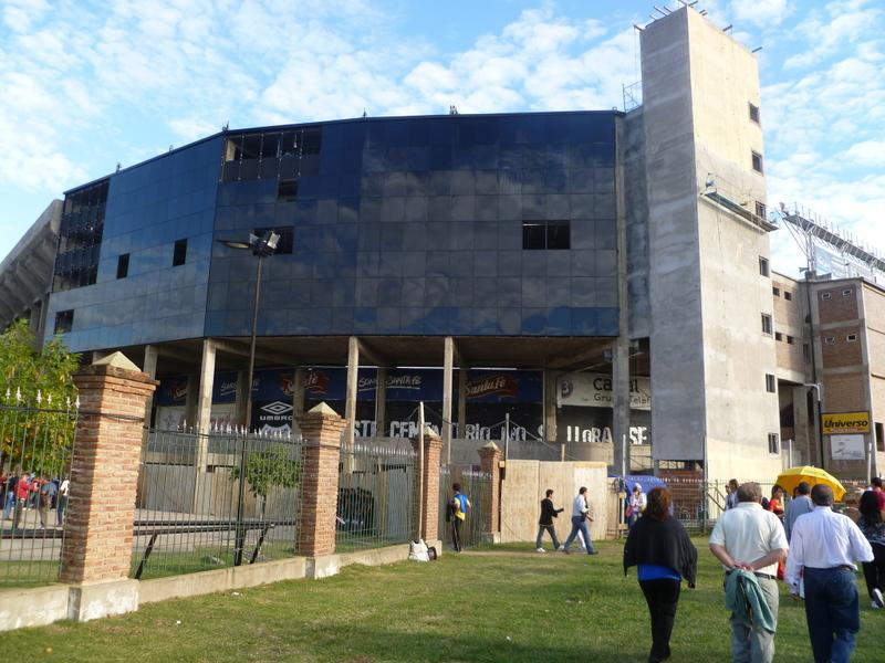 estadio de Colon_1.jpg