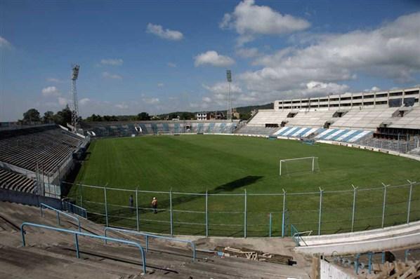 Estadio 23 de Agosto0.jpg