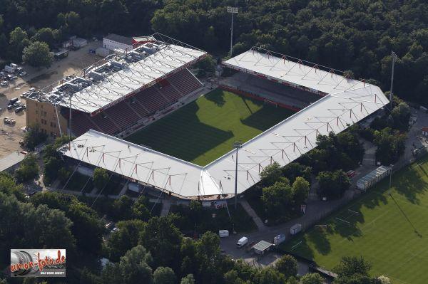 Berlin (Alten-Försterei Stadion).JPG