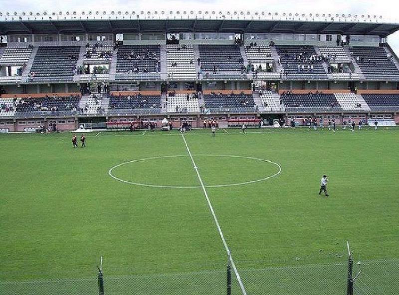 Estadio Florencio Solá - Club Atlético Banfield 1_romanito.jpg