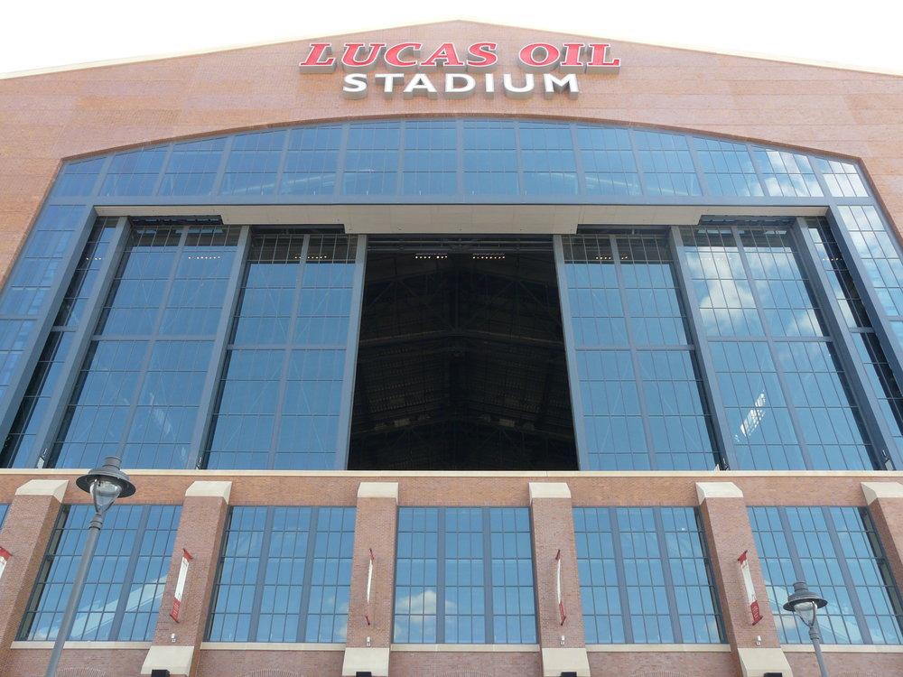 Lucas_Oil_Stadium_-_opening.JPG