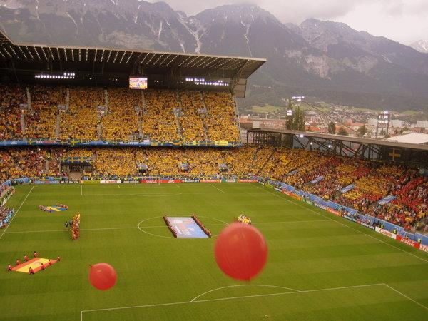 Spain_vs_Sweden,_Euro_2008_01.jpg