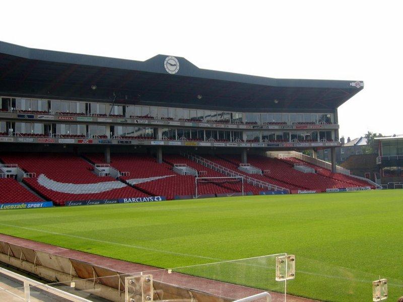 Arsenal_Stadium_interior_Clock_End.jpg