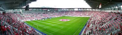 AFG_ARENA_St._Gallen_-_Erstes_Spiel_CH_-_LIE_03.jpg