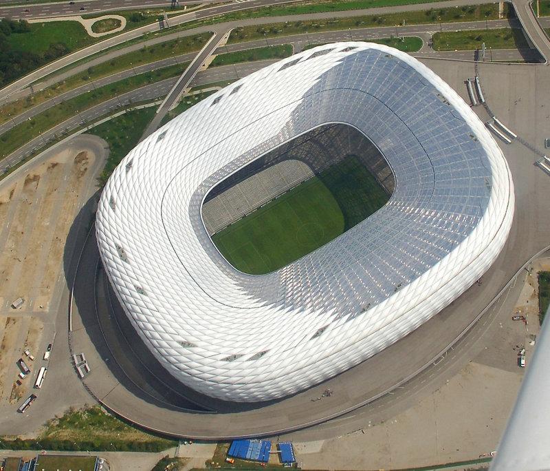 Allianz_Arena,_aerial_view.jpg