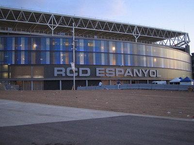 800px-Estadi_de_Cornellà_-_El_Prat.jpg