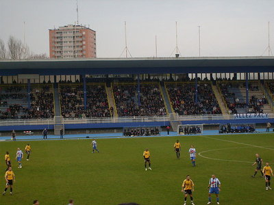 800px-Stade_Tribut.JPG