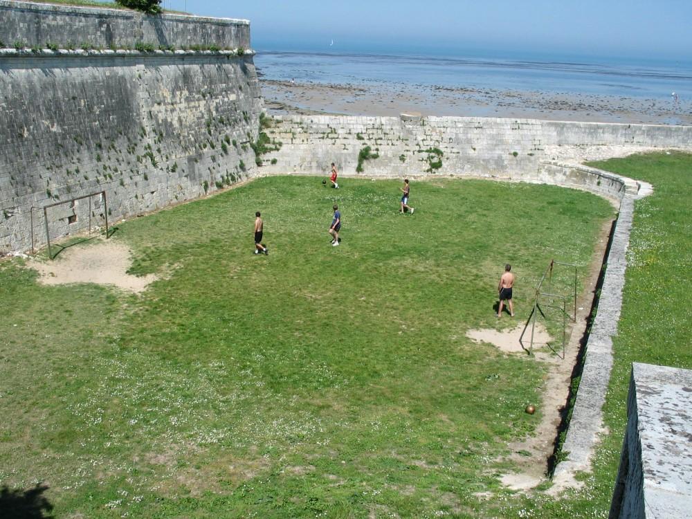 Football_terrain insolite.jpg