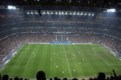 Estadio_Santiago_Bernabéu_03.jpg