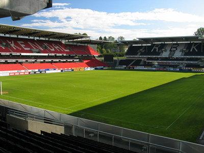 800px-Lerkendal_Stadion_Trondheim.jpg