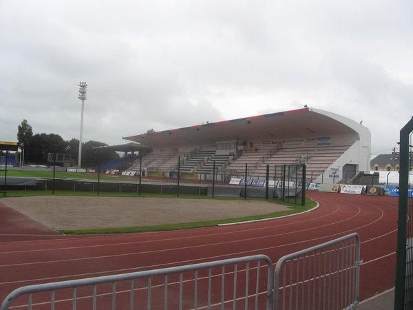 Boulogne-sur-Mer_Stade_de_la_Liberation_(1).jpg