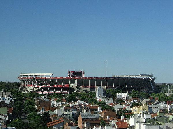 800px-Estadio_Monumental.jpg