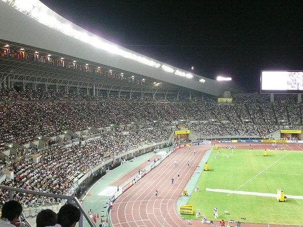 800px-Nagai_stadium_in_Osaka.jpg