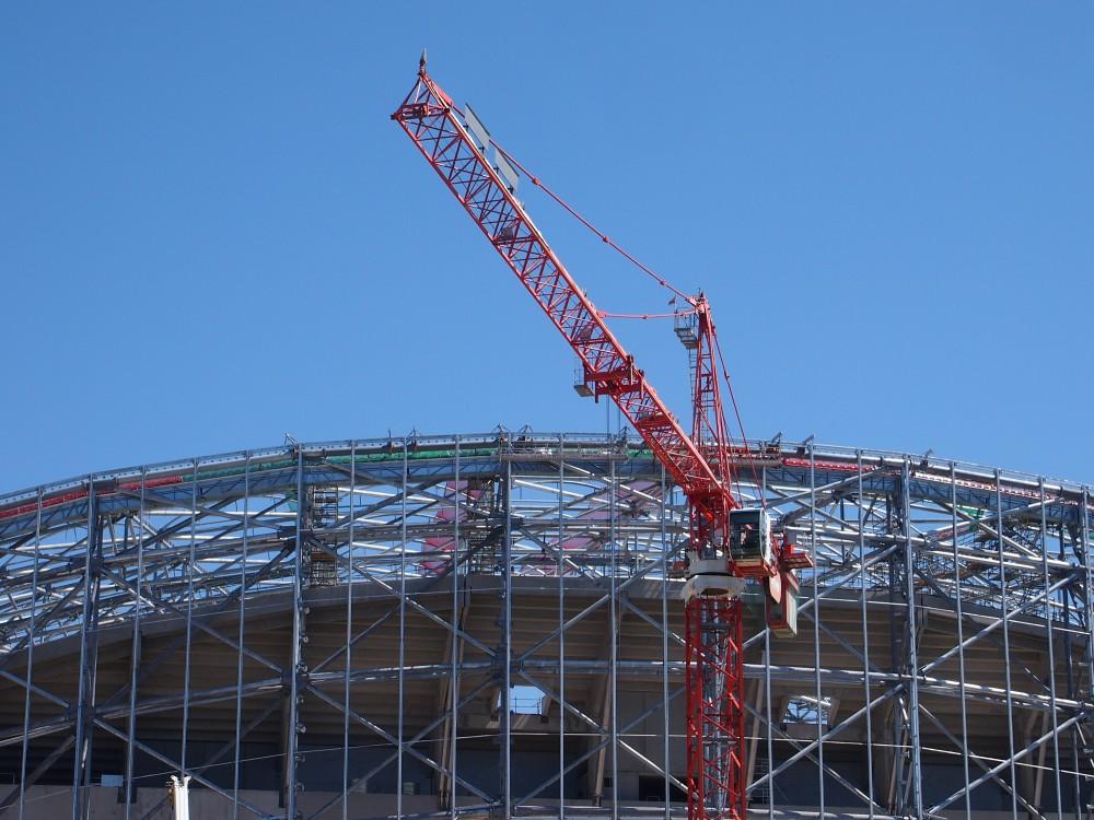 http://www.info-stades.fr/forum/ressources/les-nacelles-au-centre-et-les-supports-deja-prets-de-chaque/thumb/53833