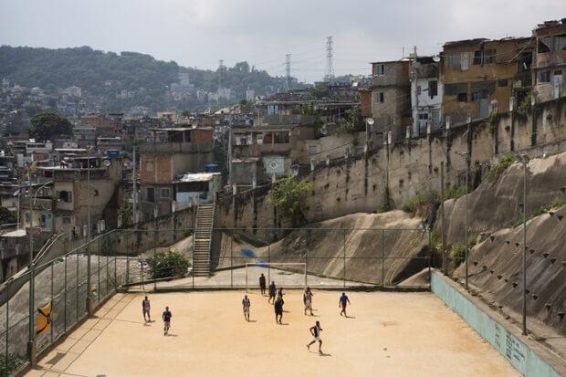 Favela Morro de São Carlos, à Rio de Janeiro, Brésil.jpeg