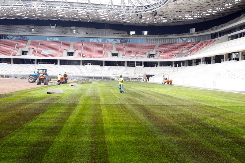 http://www.info-stades.fr/images/euro2016/nice-allianz-riviera/pelouse-allianz-riviera-nice-3.jpg