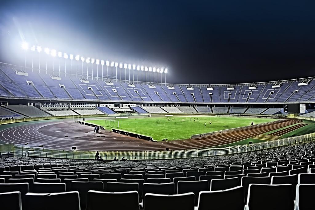 Stade du 5 juillet 1962 info stades for Piscine 5 juillet bab ezzouar