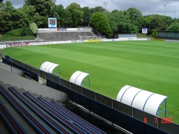 Stade Guy Pirio... L Equipe Foot