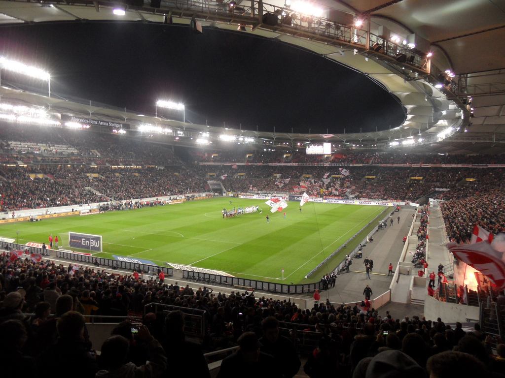 Mercedes-Benz Arena - Info-stades
