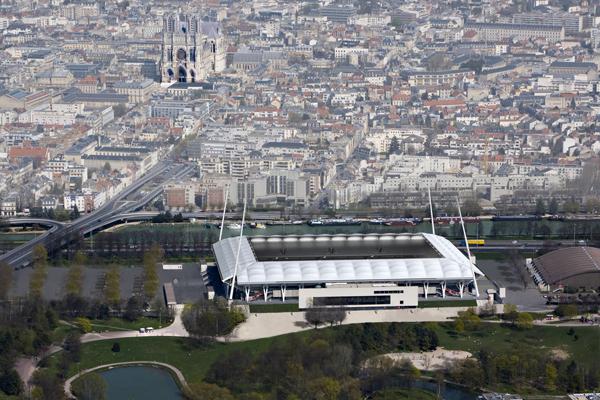 Reims la ville va investir pour valoriser le stade for Piscine reims