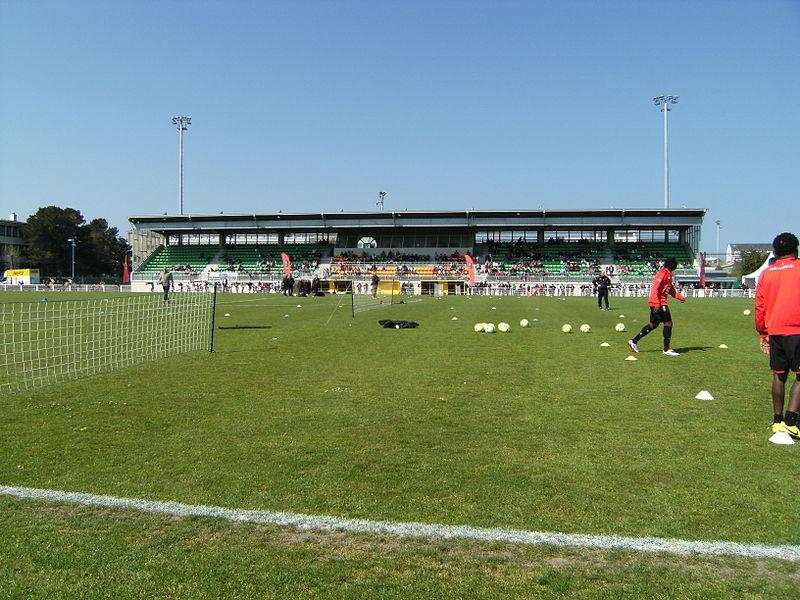 Stade marville info stades - Piscine pierre de coubertin saint denis ...