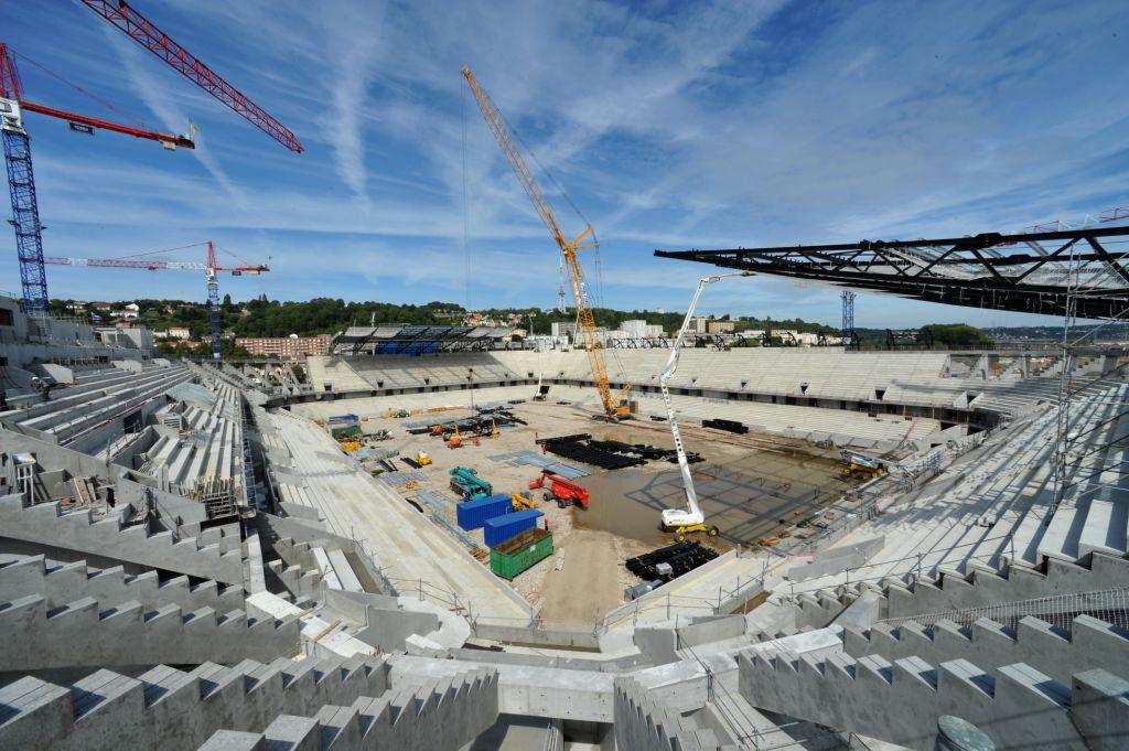 http://www.info-stades.fr/wp-content/uploads/2011/08/2011-08-16_Grand_Stade_PBoulen_142.jpg