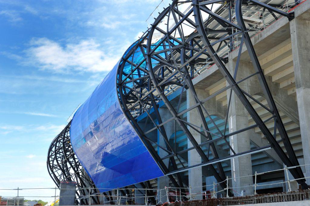 http://www.info-stades.fr/wp-content/uploads/2011/08/grand-stade-havre.jpg