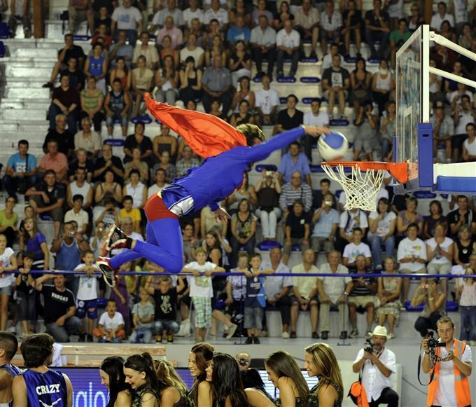 http://www.info-stades.fr/wp-content/uploads/2011/09/GMED_ABB1A08C-97FC-420F-A501-453D3355269B.jpg